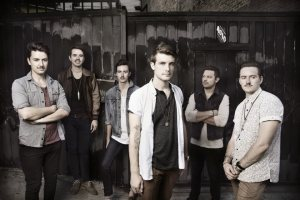 Hands Like Houses photo