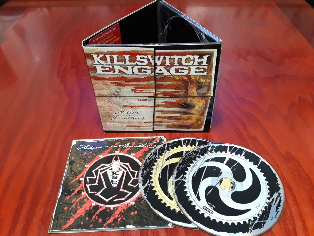 Killswitch Engage - Alive or Just Breathing CD Photo | Metal Kingdom