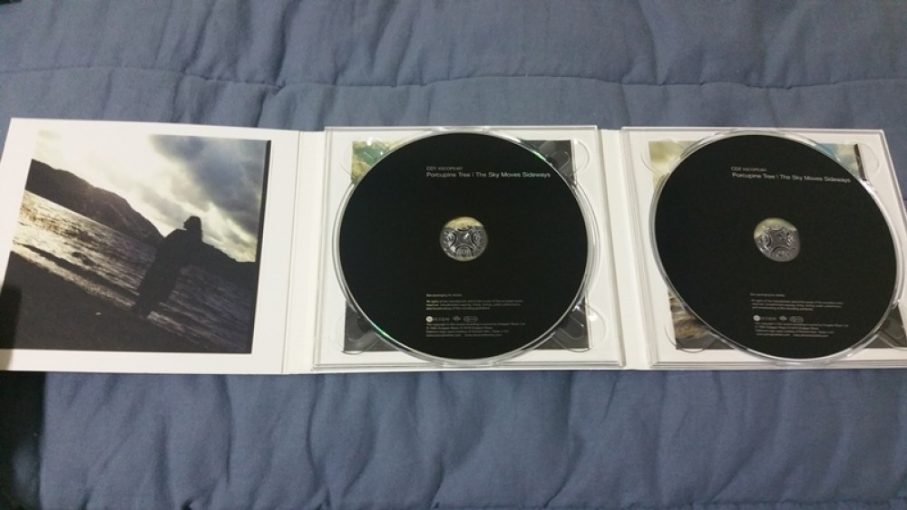 Porcupine Tree - The Sky Moves Sideways CD Photo